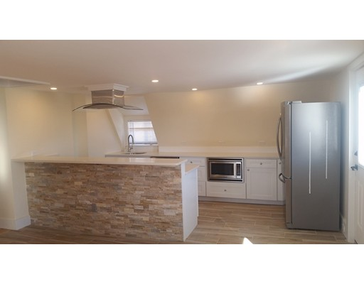 Apartment for Rent at 9 Norman Avenue #3F 9 Norman Avenue #3F Gloucester, Massachusetts 01930 United States