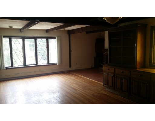 Additional photo for property listing at 90 Palmer Street  Arlington, Massachusetts 02474 United States