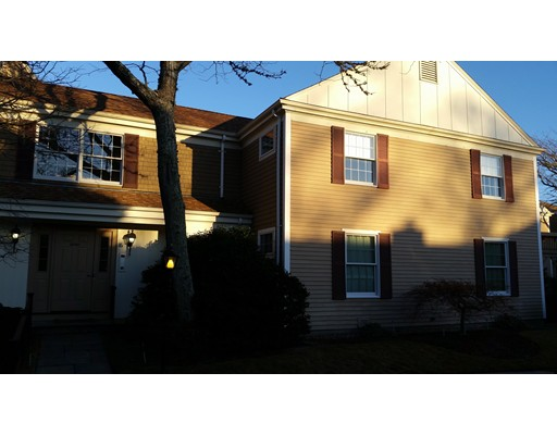 共管式独立产权公寓 为 销售 在 39 Tower Hill Road 巴恩斯特布, 马萨诸塞州 02655 美国