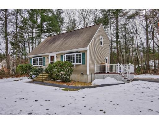 Maison unifamiliale pour l Vente à 2 Henry Drive 2 Henry Drive Hudson, New Hampshire 03051 États-Unis
