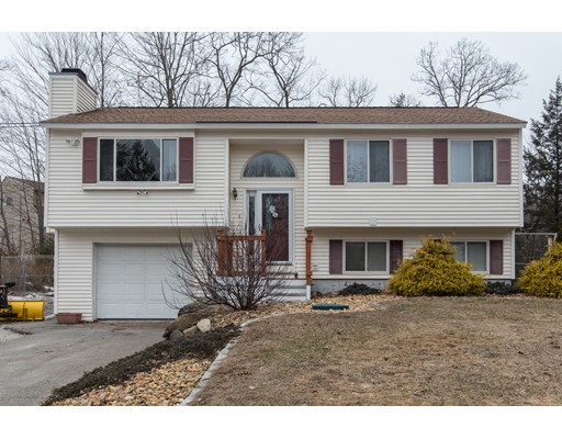 Single Family Home for Sale at 74 G H Carter Drive 74 G H Carter Drive Danville, New Hampshire 03819 United States