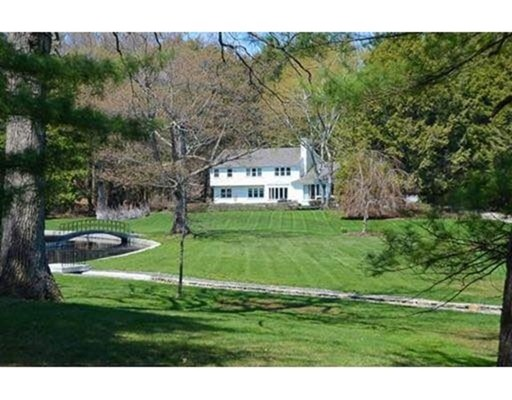 Additional photo for property listing at 45 Cliff Rd,  Weston, Massachusetts 02493 United States