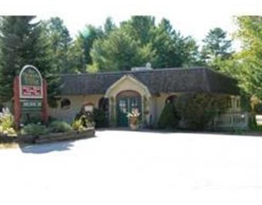 Comercial por un Venta en 870 Tamworth Road 870 Tamworth Road Tamworth, Nueva Hampshire 03886 Estados Unidos