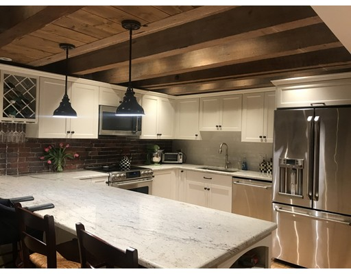 Casa Unifamiliar por un Alquiler en 75 Fulton Street Boston, Massachusetts 02109 Estados Unidos