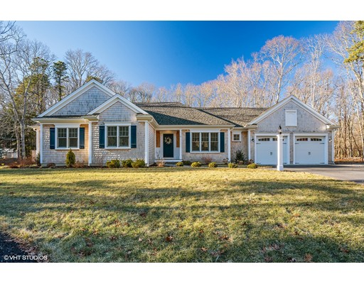 Single Family Home for Sale at 6 Bunker Circle 6 Bunker Circle Sandwich, Massachusetts 02563 United States