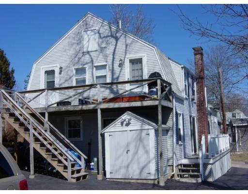公寓 为 出租 在 4 12th St #2R 4 12th St #2R Wareham, 马萨诸塞州 02558 美国