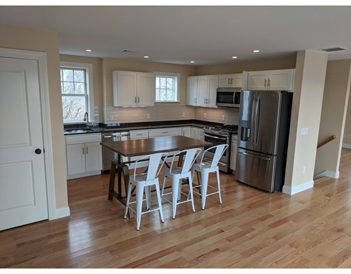 Condominium for Sale at 664R Commercial #1 664R Commercial #1 Provincetown, Massachusetts 02657 United States