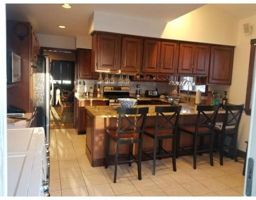 独户住宅 为 出租 在 35 Williams Avenue 波士顿, 马萨诸塞州 02136 美国