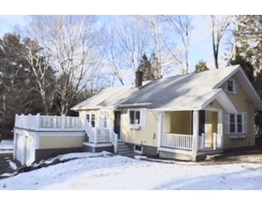 Single Family Home for Rent at 25 Centre 25 Centre Dover, Massachusetts 02030 United States