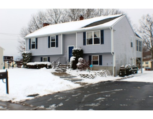 Single Family Home for Rent at 144 CarrierAve. #144 144 CarrierAve. #144 Attleboro, Massachusetts 02703 United States