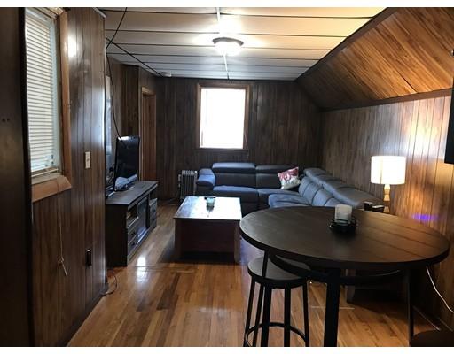独户住宅 为 出租 在 549 Bennington Street 波士顿, 马萨诸塞州 02128 美国