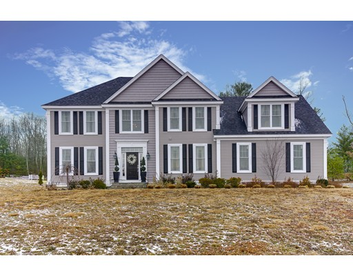 Single Family Home for Sale at 9 Ridgefield Circle 9 Ridgefield Circle Boylston, Massachusetts 01505 United States