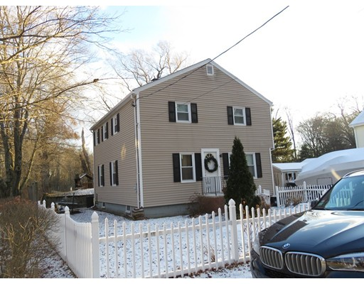 Single Family Home for Sale at 4 Westdale Avenue Wilmington, Massachusetts 01887 United States
