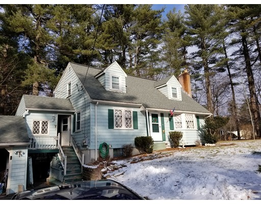 独户住宅 为 销售 在 4 Black Pine Road 麦德菲尔德, 马萨诸塞州 02052 美国