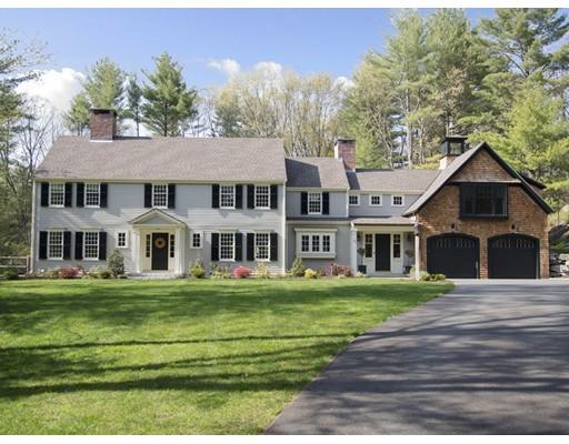 واحد منزل الأسرة للـ Sale في 12 Webster Lane 12 Webster Lane Wayland, Massachusetts 01778 United States