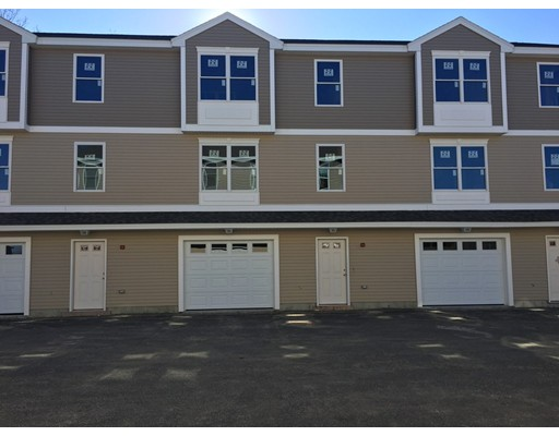 Townhouse for Rent at 623 Andover #E 623 Andover #E Lawrence, Massachusetts 01843 United States