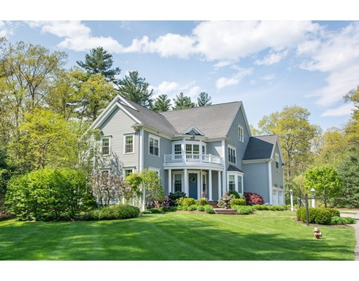 Single Family Home for Sale at 36 Minuteman Road Medfield, Massachusetts 02052 United States