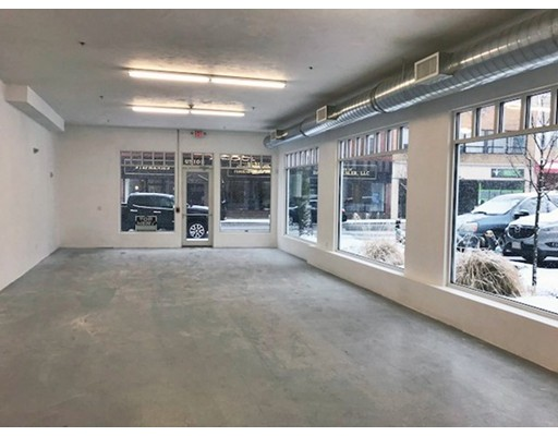 Commercial للـ Rent في 130 Cabot Street 130 Cabot Street Beverly, Massachusetts 01915 United States