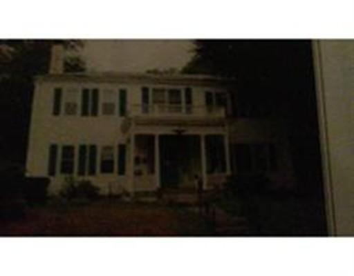 Apartamento por un Alquiler en 101 South Street #4 101 South Street #4 Bridgewater, Massachusetts 02324 Estados Unidos