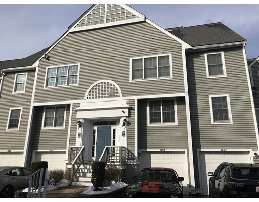 Single Family Home for Rent at 700 Shore Drive Fall River, 02721 United States
