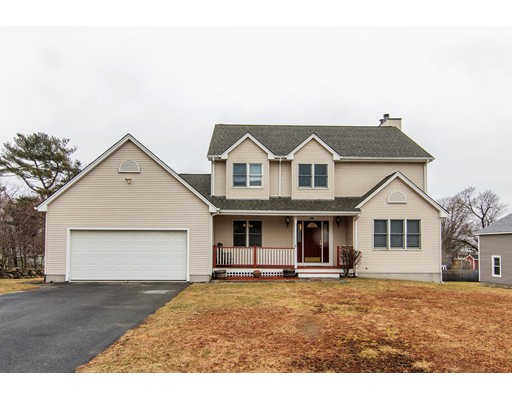 Single Family Home for Sale at 26 Boivin Avenue 26 Boivin Avenue Somerset, Massachusetts 02726 United States