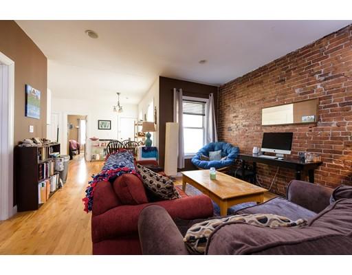 独户住宅 为 出租 在 252 Somerville Somerville, 马萨诸塞州 02143 美国