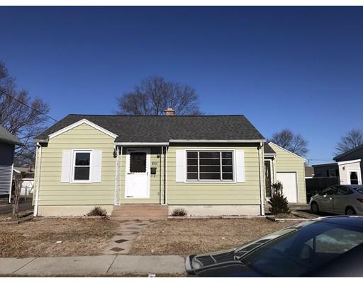 Частный односемейный дом для того Аренда на 128 Lafayette #1 128 Lafayette #1 Chicopee, Массачусетс 01020 Соединенные Штаты