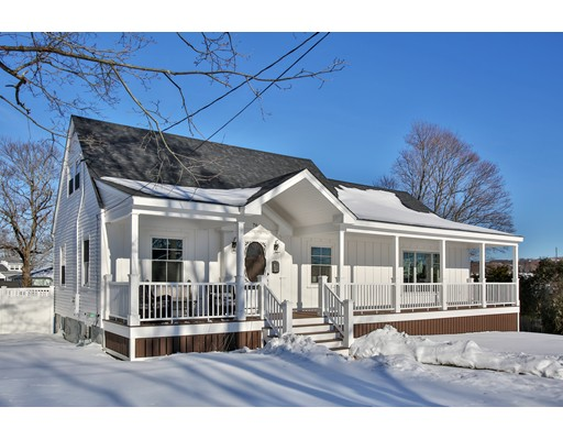Single Family Home for Sale at 76 Gay Street 76 Gay Street Somerset, Massachusetts 02720 United States