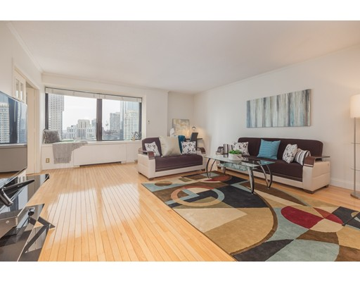 85 East India Row, 26G - Waterfront, MA
