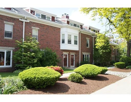 Casa unifamiliar adosada (Townhouse) por un Alquiler en 154 Quincy Shore Dr #39 154 Quincy Shore Dr #39 Quincy, Massachusetts 02171 Estados Unidos