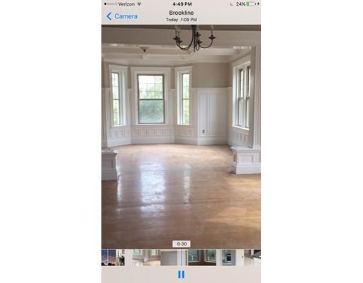 公寓 为 出租 在 481 Boylston #3 481 Boylston #3 布鲁克莱恩, 马萨诸塞州 02445 美国