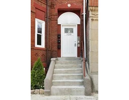 共管式独立产权公寓 为 销售 在 130 Washington Avenue 切尔西, 马萨诸塞州 02150 美国