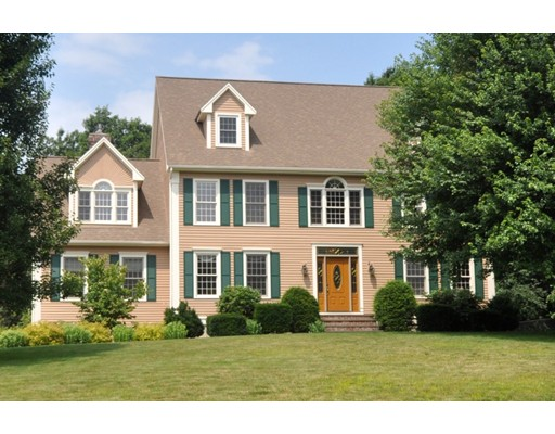 Single Family Home for Sale at 113 Hidden Valley Road 113 Hidden Valley Road Groton, Massachusetts 01450 United States