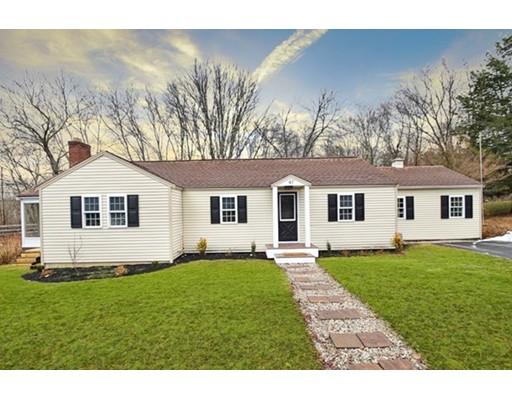 Maison unifamiliale pour l Vente à 47 Mowry Street 47 Mowry Street Mendon, Massachusetts 01756 États-Unis
