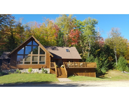 Single Family Home for Sale at 92 Heritage Hill Road 92 Heritage Hill Road Conway, New Hampshire 03813 United States