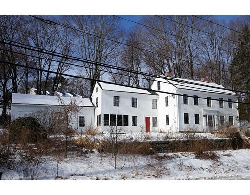 独户住宅 为 销售 在 11 Main Street 11 Main Street 厄普顿, 马萨诸塞州 01568 美国