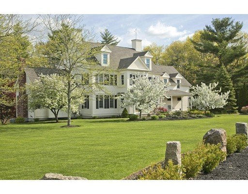 Single Family Home for Sale at 210 Country Club Way 210 Country Club Way Kingston, Massachusetts 02364 United States