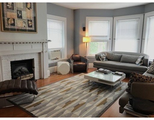 Single Family Home for Rent at 1572 Beacon Street Brookline, 02446 United States