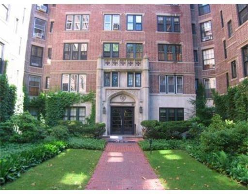 独户住宅 为 出租 在 988 Memorial Drive 坎布里奇, 马萨诸塞州 02138 美国