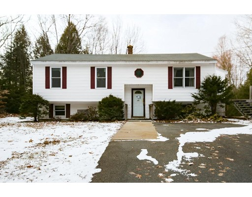 Single Family Home for Sale at 560 Doe Valley Road 560 Doe Valley Road Athol, Massachusetts 01331 United States