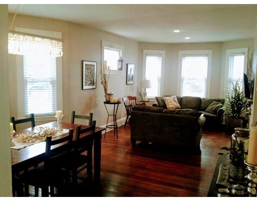 Maison accolée pour l à louer à 476 Albemarle Road #1 476 Albemarle Road #1 Newton, Massachusetts 02460 États-Unis