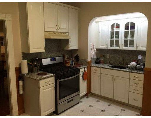 Townhouse for Rent at 21 County Rd #2 21 County Rd #2 Chelsea, Massachusetts 02150 United States