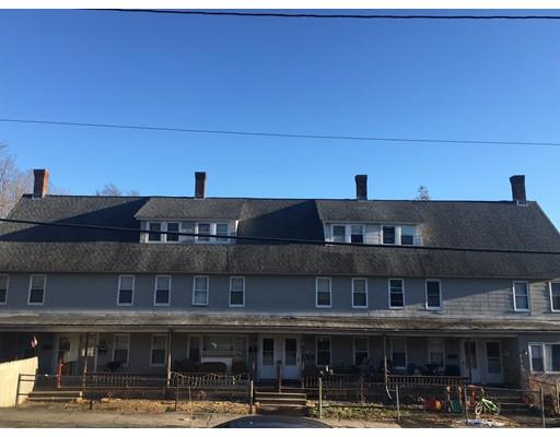 多户住宅 为 销售 在 25 D Street 25 D Street 诺斯布里奇, 马萨诸塞州 01588 美国