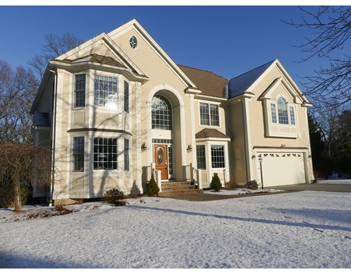 Single Family Home for Sale at 35 Thistle Road 35 Thistle Road North Andover, Massachusetts 01845 United States