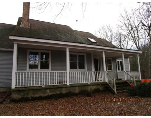 Single Family Home for Sale at 31 Douglas Road 31 Douglas Road Sutton, Massachusetts 01590 United States