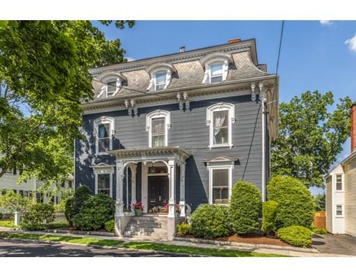 Maison unifamiliale pour l Vente à 18 Buffum Street 18 Buffum Street Salem, Massachusetts 01970 États-Unis