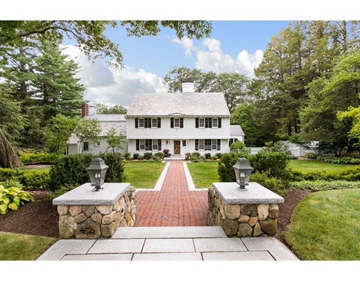 Single Family Home for Sale at 134 Edmunds Road Wellesley, Massachusetts 02481 United States