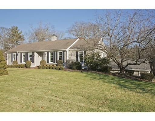 Maison unifamiliale pour l Vente à 126 Riverside Drive 126 Riverside Drive Norwell, Massachusetts 02061 États-Unis