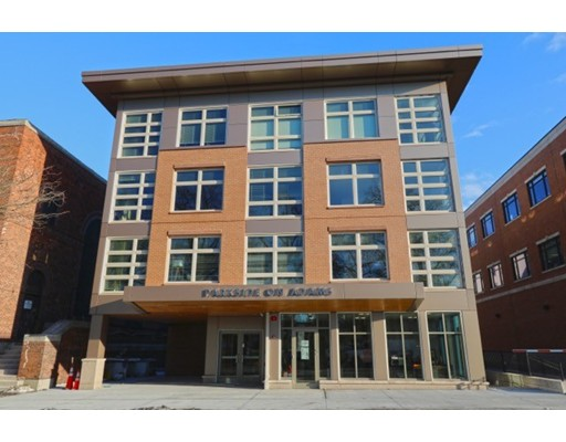 Additional photo for property listing at 4236 Washington Street  Boston, Massachusetts 02131 Estados Unidos