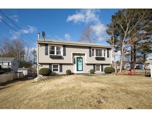 Maison unifamiliale pour l Vente à 15 Walnut Street 15 Walnut Street Hudson, New Hampshire 03051 États-Unis
